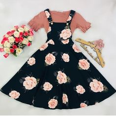 Modest fashion 768004542693485847 - Sour Source by nonodh Modest Dresses, Modest Outfits, Skirt Outfits, Pretty Dresses, Beautiful Dresses, Casual Dresses, Fashion Dresses, Teen Fashion Outfits, 2000s Fashion