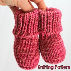 KNITTING PATTERN - Super Easy Beginner Baby Booty Photo Tutorial