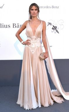 Alessandra Ambrosio from 2013 Cannes: amfAR Benefit Gala Alessandra Ambrosio, Elie Saab, Traje Black Tie, Palais Des Festivals, Red Carpet Gowns, Glamour, Evening Dresses, Formal Dresses, Celebrity Dresses