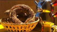 Reteta de COVRIGI TURCESTI cu susan - SIMIT Food And Drink, Tasty, Baking, Youtube, Bakken, Bread, Backen, Reposteria