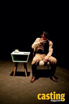 """""""Los Andrónico"""" Montaje escénico basado en Tito Andrónico, de Shakespeare, con ¡kung fu! y una estética inspirada en los años 60's y 70's, al ritmo del surf, blues, twist.  Dirección de Carolina Marín."""