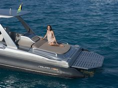 The Super RIB Naumatec Freccia 1200 Run Away Tender to Canados 120 Far Away   #Naumatec #Freccia1200 #Tender #Luxurytender #Luxury #FedericoFiorentino #Yacht #Yachtdesign #Design #RIB #Gommone #Canados