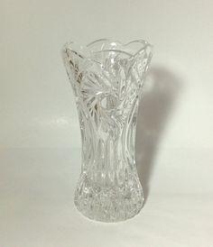 Bud Vase Crystal Glass Mini Pinwheel Sunburst Star Scalloped Edge Design, Hostess Housewarming Present For Flowers