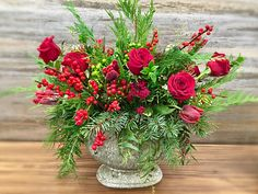 Floral Arrangements, Christmas Wreaths, Floral Design, Holiday Decor, Plants, House, Inspiration, Home Decor, Biblical Inspiration