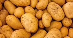 Potatoes are great nutrition. Are potatoes healthy ? Potato is the most prominent vegetable worldwide, but in recent times, due to . Healthy Soup Recipes, Whole Food Recipes, Eat Healthy, Healthy Living, Potato Gardening, Vegetable Gardening, Whole Foods, Potato Soup, Potato Diet