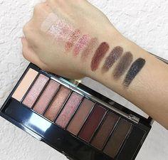 Best Ideas For Makeup Tutorials Picture DescriptionRose Gold Wet n Wild Eyeshadow Palette Makeup To Buy, Love Makeup, Makeup Inspo, Makeup Inspiration, Beauty Makeup, Makeup Ideas, Makeup Swatches, Makeup Brands, Drugstore Makeup