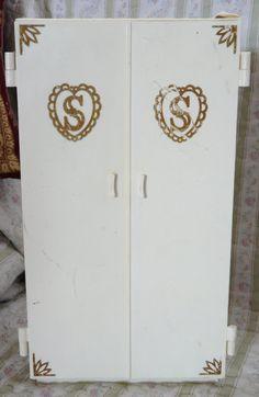 Sindy wardrobe