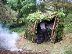 100 Wild Huts For Survival - http://www.ecosnippets.com/prepping/100-wild-huts-for-survival/