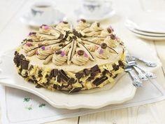 #lekker #bakken! Een heerlijke #mokkataart, #zelfgemaakt. Kijk voor het #recept: http://www.oetker.nl/nl-nl/recept/r/mokka-taart.html