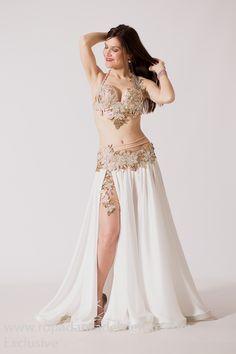 Belly Dancer Costumes, Belly Dancers, Dance Costumes, Dance Outfits, Dance Dresses, Dance Fashion, Fashion Outfits, Diy Fashion, Belly Dance Outfit