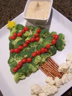 """I saw this adorable idea on the cover of the """"Pillsbury Holiday Appetizers"""" magazine. Last night I took this to a Christmas dinner we atte. Christmas Veggie Tray, Christmas Tree, Christmas Bells, Christmas Ideas, Christmas Crafts, Xmas, Holiday Appetizers, Holiday Recipes, Veggie Platters"""