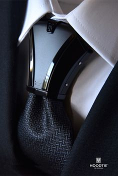 Hoodtie The new luxury tie accessory for bold and stylish men. Haston II Model Titanium All Black. Take advantage of the promotion! Moda Formal, Luxury Ties, Designer Suits For Men, Black Gold Jewelry, Tie Accessories, Herren Outfit, Mens Fashion Suits, Mens Suits, Wedding Suits