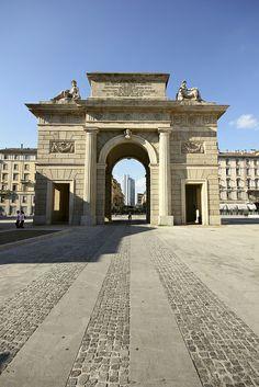 Porta Garibaldi, Milano  Porta Garibaldi   Milan Design Week, iSaloni 2015, Milano, Fuorisalone