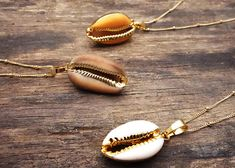 Your place to buy and sell all things handmade Cowrie Shell Necklace, Seashell Necklace, Shell Necklaces, Gold Necklace, Pendant Necklace, Chunky Necklaces, Statement Necklaces, Ocean Jewelry, Shell Jewelry