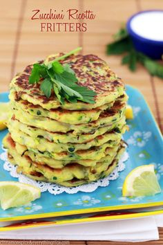 Zucchini Ricotta Fritters..... instead of round big pancakes will  probably make small squares :D