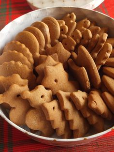 Miodowe pierniczki Christmas Sweets, Christmas Baking, Happy Foods, Homemade Cakes, Sugar Cookies, Gingerbread Cookies, Sweet Recipes, Delicious Desserts, Food And Drink
