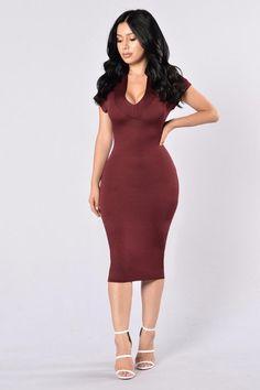 - Available in Burgundy - V Neckline - Shoulder Cutouts - Midi Length - Body Con… Tight Dresses, Sexy Dresses, Fashion Dresses, Elegant Dresses, Runway Fashion, Fashion Models, Fashion Beauty, Dress Skirt, Bodycon Dress