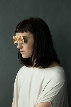 Another Skin by Akiko Shinzato - Nakedtruth Avestruz Face Jewellery, Body Jewelry, Jewelry Photography, Fashion Photography, Metal Jewelry, Jewelry Art, Japanese Jewelry, Bride Accessories, Snow White