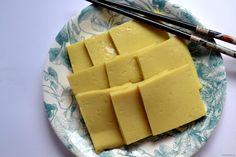 Birmańskie tofu, czyli tofu z mąki z ciecierzycy. Proste i szybkie do zrobienia…