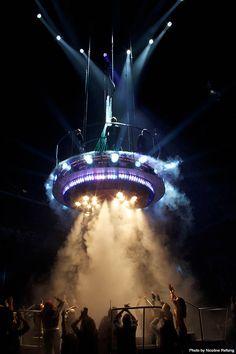 The Brit Awards 2009 by Nicoline Refsing, via Behance Bühnen Design, Tv Set Design, Stage Set Design, Event Design, Concert Stage Design, Dj Stage, Nightclub Design, Exhibition Display, Light Of Life