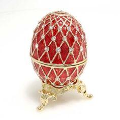 Diamonds on red egg - Diamanti su uovo rosso