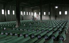 Δάκρυα χαράς και... πίκρας για τα ισόβια σε Μλάντιτς - Η αιματοβαμμένη ιστορία της Βοσνίας σε εικόνες   Φωτογραφία   Η ΚΑΘΗΜΕΡΙΝΗ