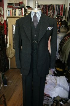 The Thread to Display Your 1930s Suits - Page 11