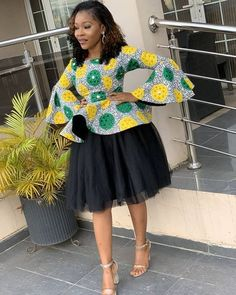 ankara mode We are here with the new collection of latest 2019 Beautiful Ankara Styles. these are fashionable ideas of 2020 Creative Ankara styles that Short African Dresses, Latest African Fashion Dresses, African Print Dresses, African Print Fashion, Ankara Mode, Ankara Stil, Beautiful Ankara Styles, Ankara Styles For Women, African Traditional Dresses