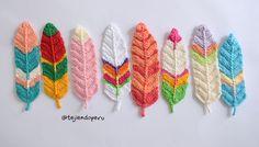 Pumas tejida a crochet   Ideales para marcadores de libros, atrapa sueños, quirnaldas, etc  Paso a paso en video tutorial. Crochet feather