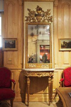 Ensemble console et trumeau d'époque Louis XVI Antiquité du 18ème siècle