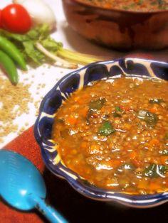 Sopa de Lentejas (Lentil Spinach Soup) via Limon Mexican Cooking, Mexican Food Recipes, Soup Recipes, Cooking Recipes, Ethnic Recipes, Fall Recipes, Healthy Soup, Healthy Recipes, Weekly Recipes