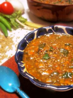 Sopa de Lentejas (Lentil & Spinach Soup) via @Leslie_Limon