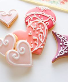 love the light pink one with the white outline. Adorable!!  Great idea for Valentines day!!
