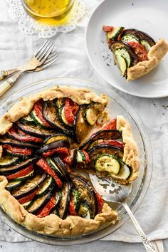 The Tian from Provence, alternating slices of zucchini, eggplants and tomatoes, gets encased in a buttery shortcrust that is spiked with dried herbs. Vegetable Tian, Vegetable Recipes, Vegetarian Recipes, Healthy Recipes, Chard Recipes, Going Vegetarian, Vegetable Gardening, Container Gardening, Keto Recipes