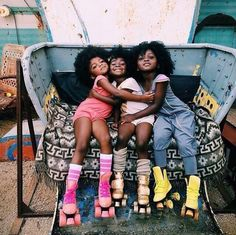 Happy girls on rollerskates Black Is Beautiful, Beautiful Babies, Beautiful People, Black Girls Rock, Black Girl Magic, Curly Hair Styles, Natural Hair Styles, Pelo Natural, Magazines For Kids