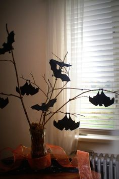Halloween Bat Tree Centerpiece (Five Dollar Craft)