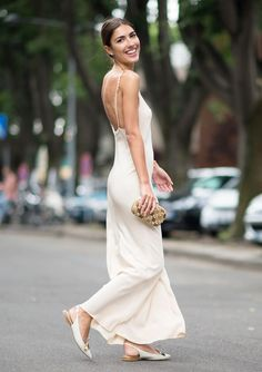 This is the ultimate low-key wedding dress — comfortable, loose, bra-free and wearing flats.