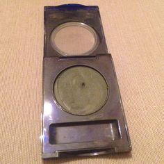 Vintage Estée Lauder Eyeshadow Vintage Estée Lauder Compact Disc Eyeshadow in Green 6. Estee Lauder Makeup Eyeshadow