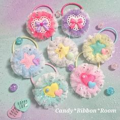 Disney Hair Bows, Dog Accessories, Hair Ties, Headbands, Jewelry Making, Ribbon, Kawaii, Diy Crafts, Christmas Ornaments