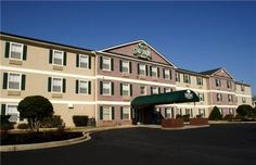 Home-Towne Suites Anderson Anderson (South Carolina) Located one mile from the Anderson Civic Center and the Anderson Mall, this all-suite hotel features a business centre and suites with a kitchenette.  Each accommodation at the Anderson Home-Towne Suites is equipped with cable TV and the HBO channel.