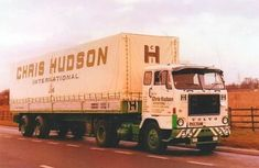 Trucks And Girls, Big Trucks, Volvo Trucks, Vintage Trucks, Expand Furniture, Classic, Vehicles, Trailers, Modern