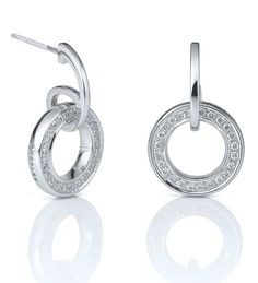 Classic Roulette White Gold Diamond Earrings 18ct white gold with diamonds £2,300 A versatile, feminine pair of drop earrings from Boodles' Roulette collection - Boodles London Sloan St