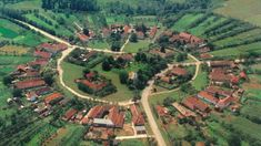 Satul rotund din România, comoara ascunsă între dealuri - Omofon