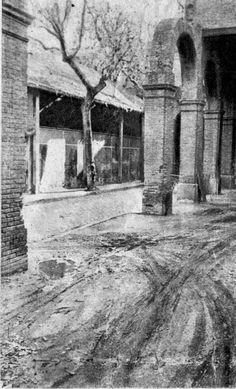 """Mercat de La Sagrera. Foto publicada al diari """"Solidaridad Nacional"""" en un article del 1953: El Mercado de la Sagrera necesita limpieza general."""