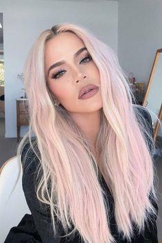 Style Khloe Kardashian, Koko Kardashian, Pastel Hair, Pink Hair, Blonde Hair, Robert Kardashian, Kris Jenner, Angled Bob Hairstyles, Colorful Hair