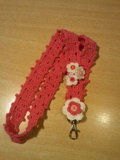 Een key-koord met bloemetjes en knoopjes. Eigen werk. blog.brouwershuusken.nl
