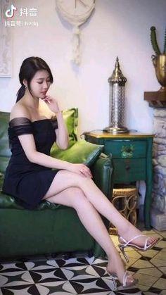 T Ara Jiyeon, Videos, Brie Larson, Nice Legs, Korean Girl, Cool Girl, Barbie, Stockings, Beautiful Women