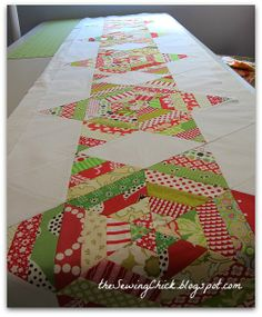 The Sewing Chick: Tutorial - A String Stars Table Runner for Christmas