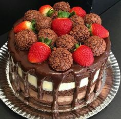 Delicious Cookie Recipes, Cupcake Recipes, Sweet Recipes, Cupcake Cakes, Chocolate Bar Cakes, Chocolate Treats, Waffle Cake, Cute Desserts, Cheesecake Bites