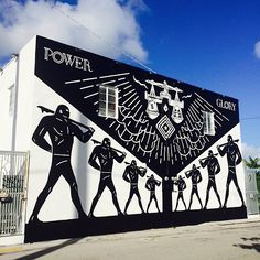 SHEPARD FAIREY AND CLEON PETERSON BODY MIAMI WITH A NEW MURAL. CHECK OUT THE ARTICLE: http://slamxhype.com/art/shepard-fairey-cleon-peterson-body-miami-new-mural/